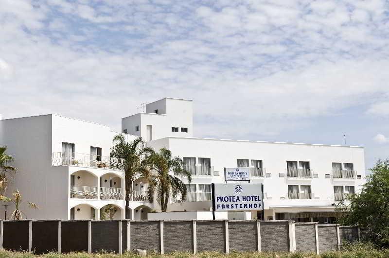 General view Protea Hotel Windhoek Fürstenhof