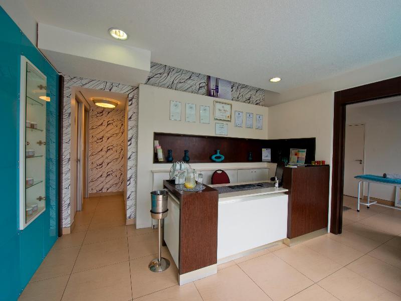 Sports and Entertainment Protea Hotel Windhoek Fürstenhof