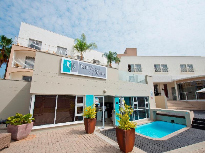 Pool Protea Hotel Windhoek Fürstenhof