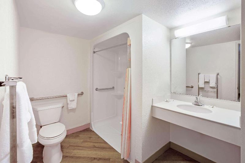 Room La Quinta Inn Houston Greenway Plaza