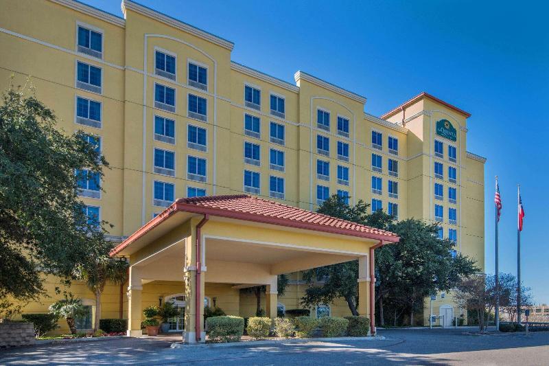 General view La Quinta Inn & Suites San Antonio Medical Center