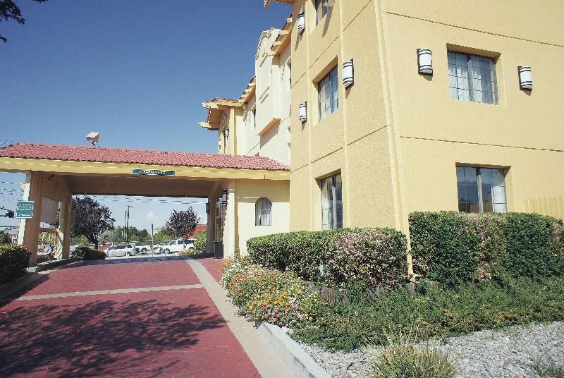 La Quinta Albuquerque Airport - Hotel - 5