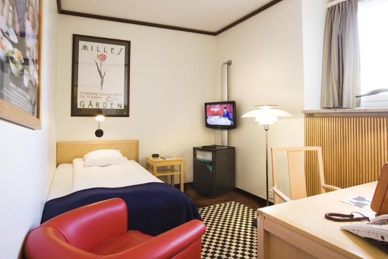 Room Scandic Foresta