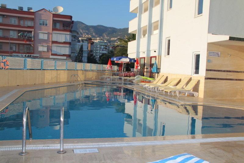 Sailor Apart Hotel - Pool - 1
