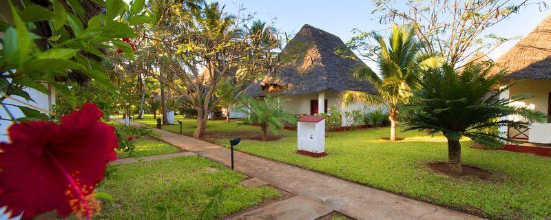 General view Uroa Bay Beach Resort