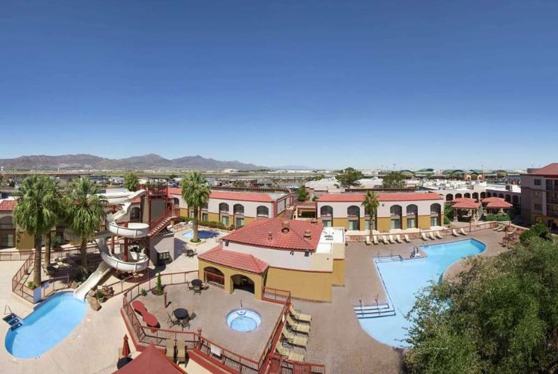 General view Wyndham El Paso Airport And Water Park