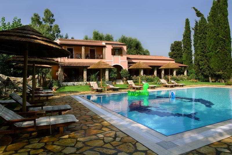 Pool Corfu Club