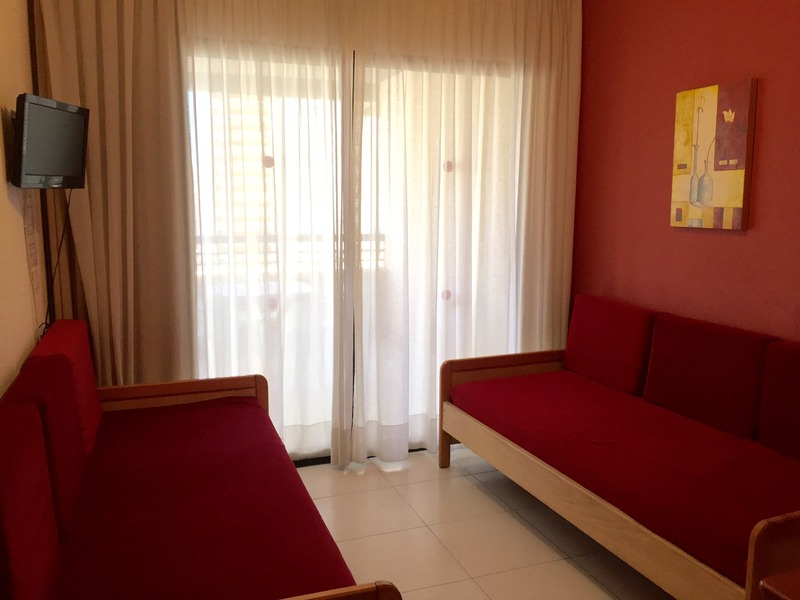 Room Luxmar
