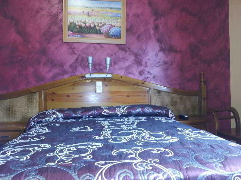 Room La Curva