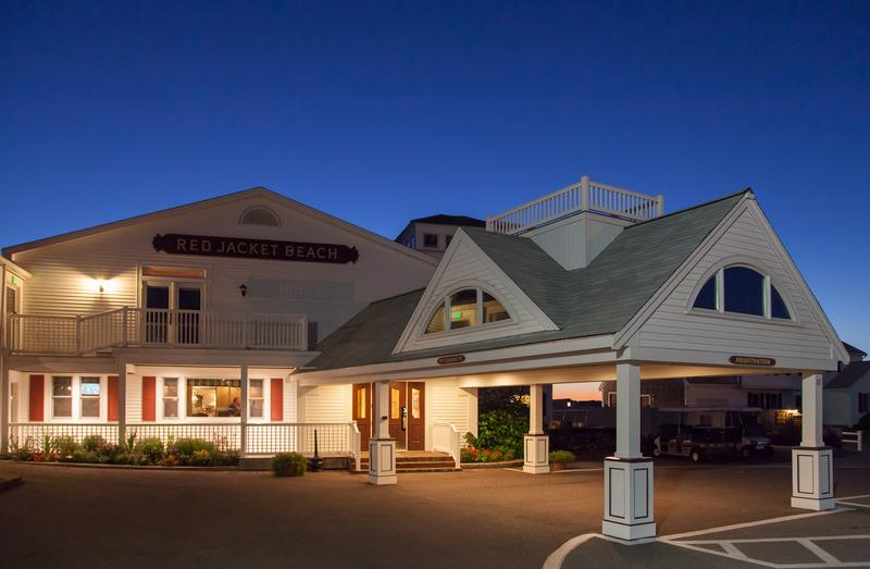Lobby Red Jacket Beach Resort & Spa