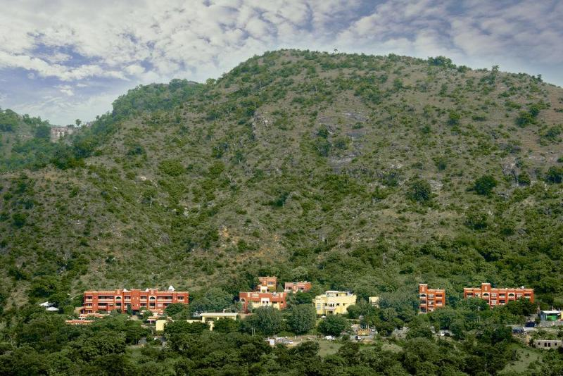General view Club Mahindra Kumbalgarh Fort