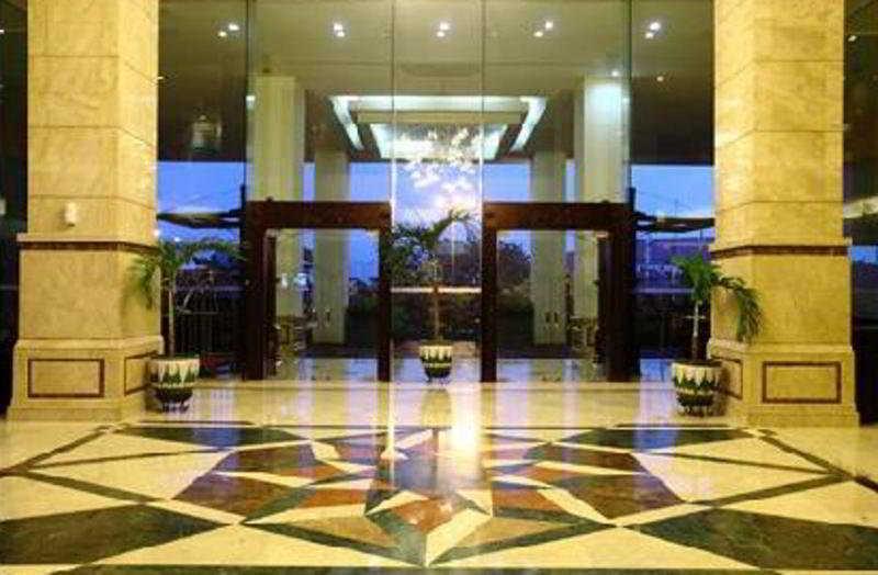Lobby Grand Cempaka