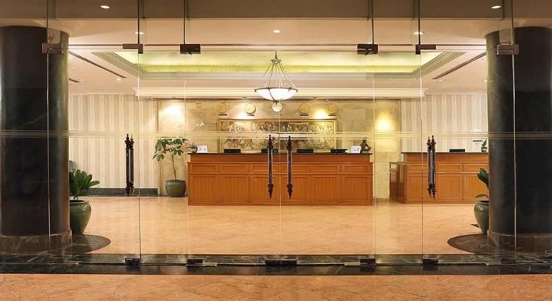 The Aryaduta Suites Hotel Semanggi - General - 0