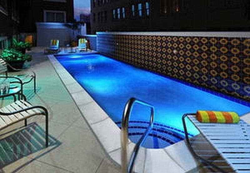 Pool Courtyard San Antonio Riverwalk