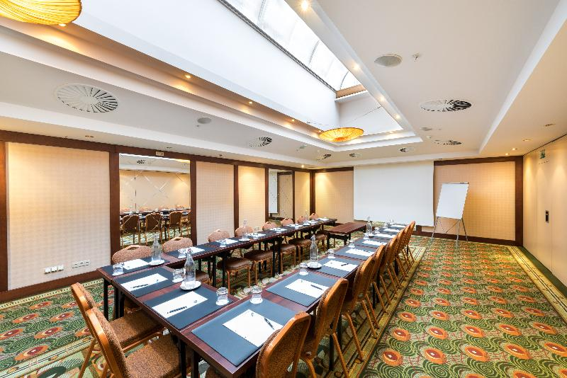 Lindner Hotel Prague Castle - Conference - 3