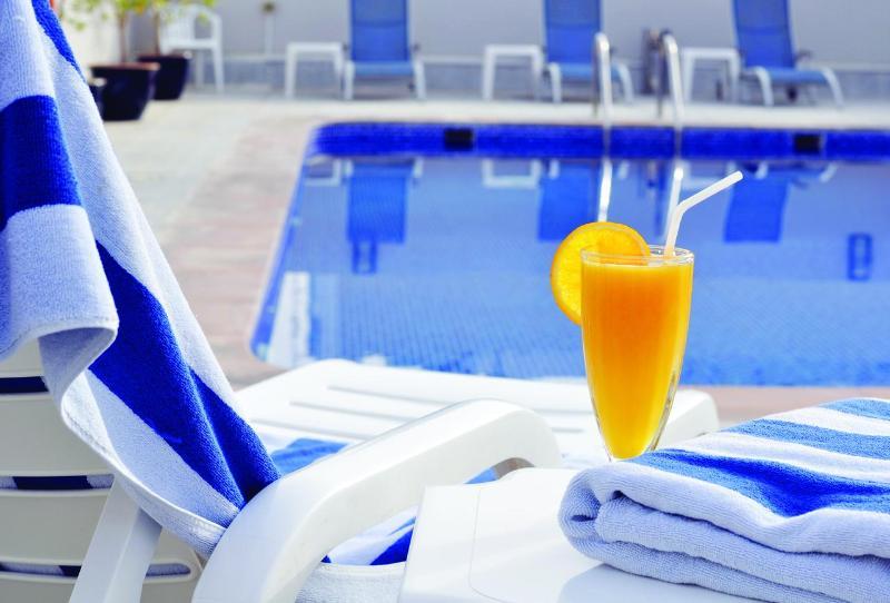 Auris Apartments - Pool - 8