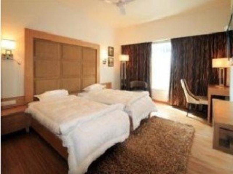 Host Inn Hotel - Room - 4