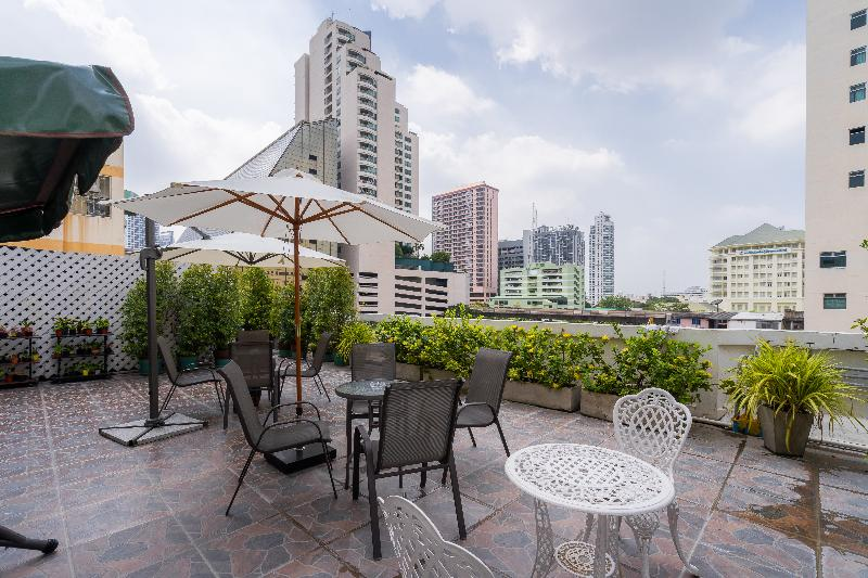 Terrace True Siam Phayathai Hotel