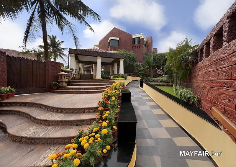 General view Mayfair Beach Resort