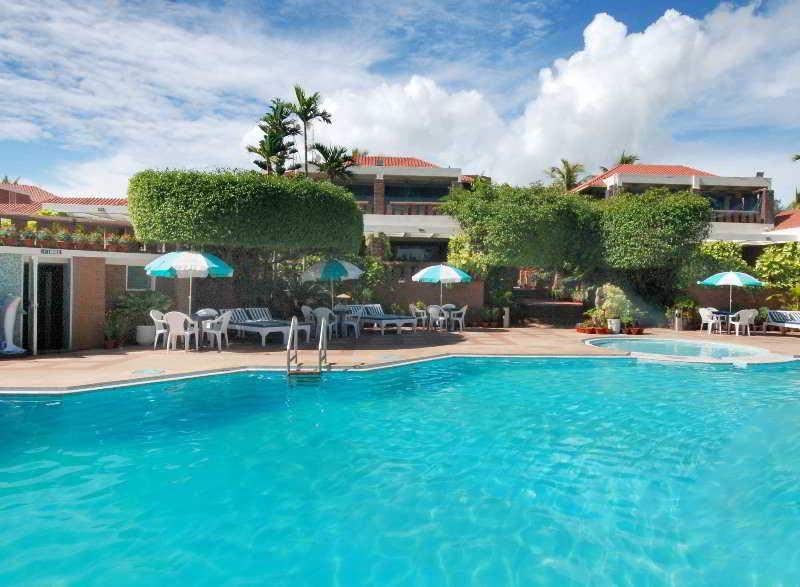 Pool Mayfair Beach Resort