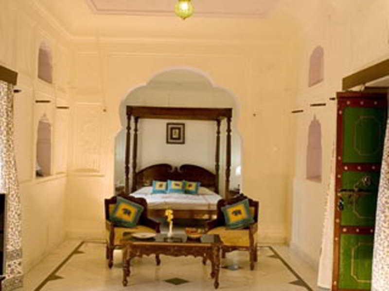 Room Mahalkhas Palace