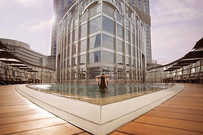 Pool Armani Hotel Dubai