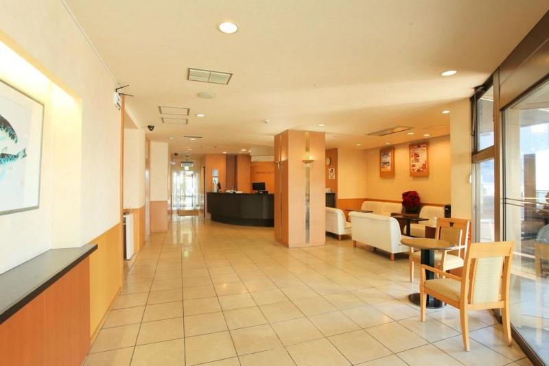 Coms New Chitose Airport Hotel - General - 6