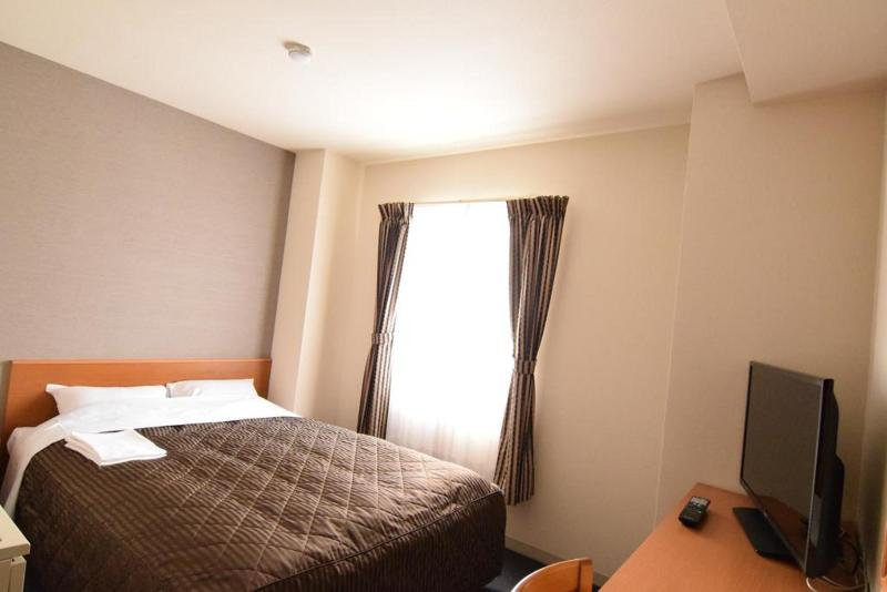 Coms New Chitose Airport Hotel - Room - 1
