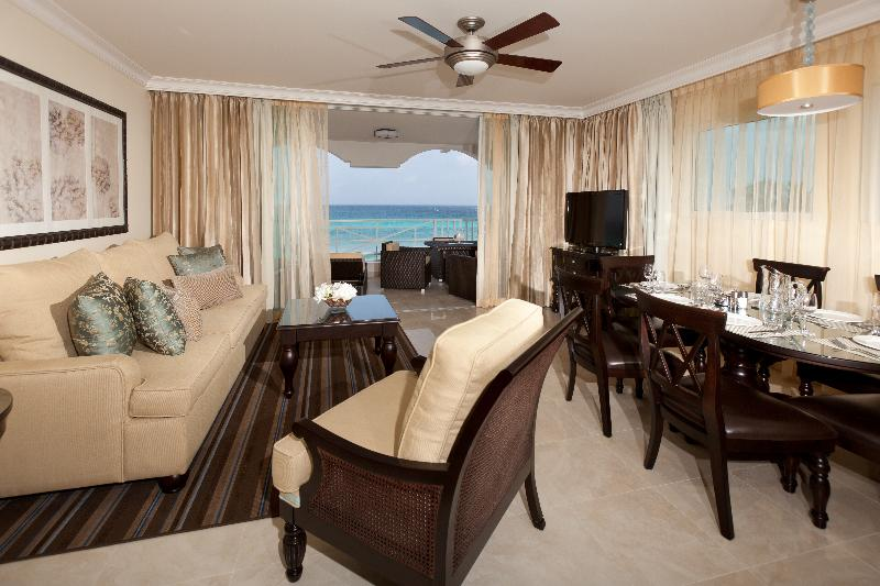 Apartment Ocean Front Two Bedrooms