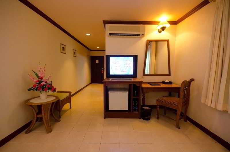 Sabai Wing - Room - 8