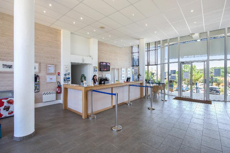 Lobby Residence Pierre & Vacances Bleu Marine