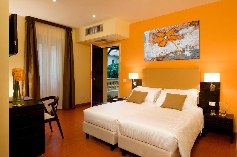 Room Rome Garden