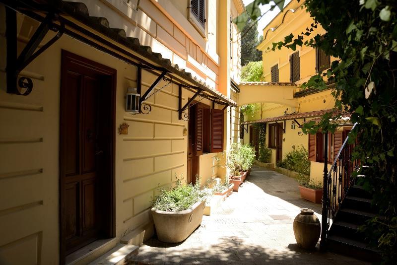 Terrace Rome Garden