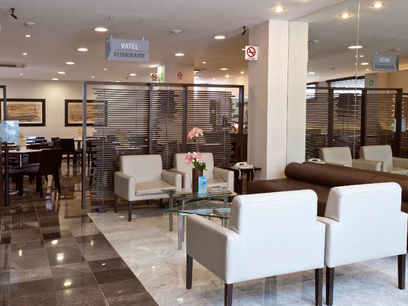 Lobby City Express Ebc Reforma