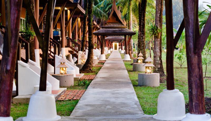 C&N Kho Khao Beach Resort - Hotel - 4