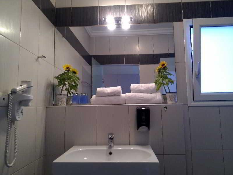 Room Matheo Villas & Suites