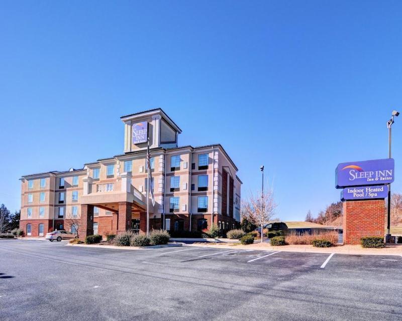 Sleep Inn & Suites - Hotel - 2