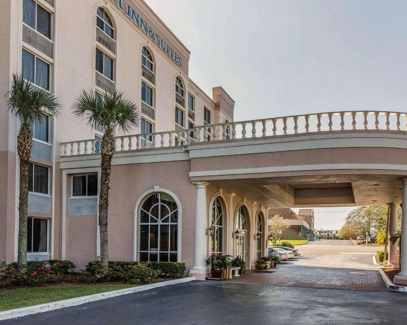 General view Comfort Inn & Suites