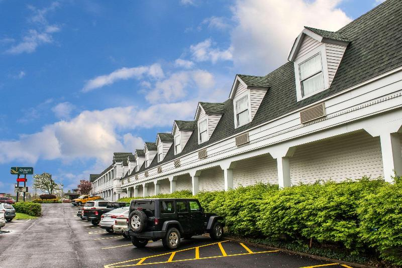 Quality Inn Pittsburgh Airport - Hotel - 5