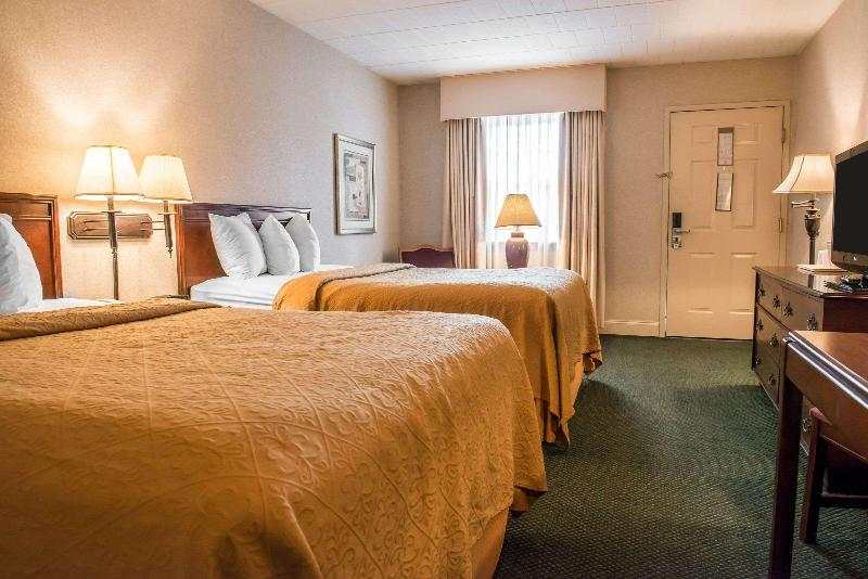 Quality Inn Pittsburgh Airport - Room - 10