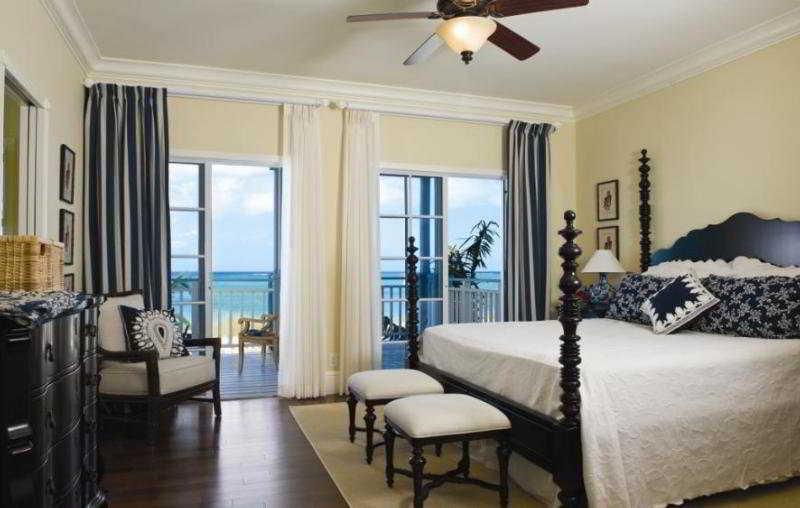 Отель The Veranda Resort And Residences