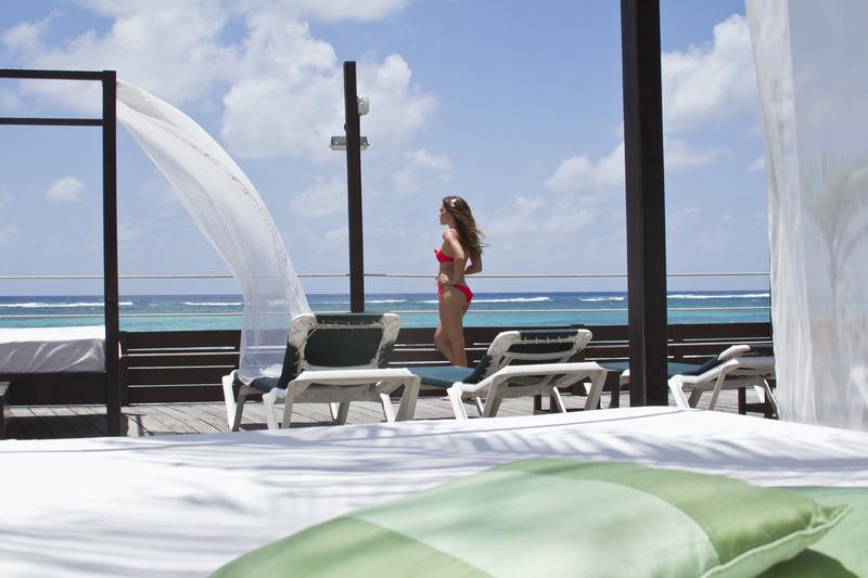 Beach Silver Point Hotel