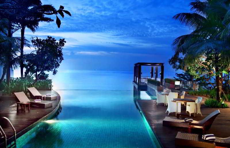 Pool Aston Balikpapan Hotel & Residence
