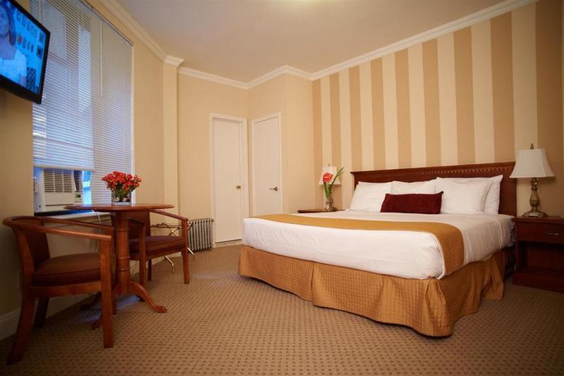 St. James - Hotel - 1