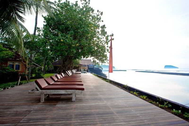 Beach D Tunjung Resort & Spa