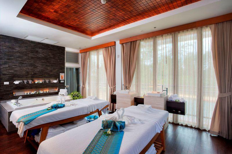 Sports and Entertainment Natai Beach Resort And Spa Phangnga