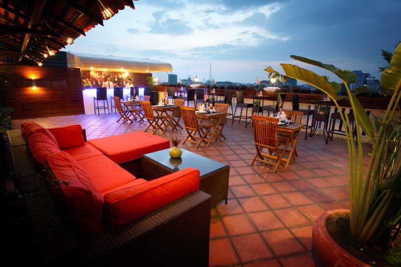 Royal Inn - Terrace - 6