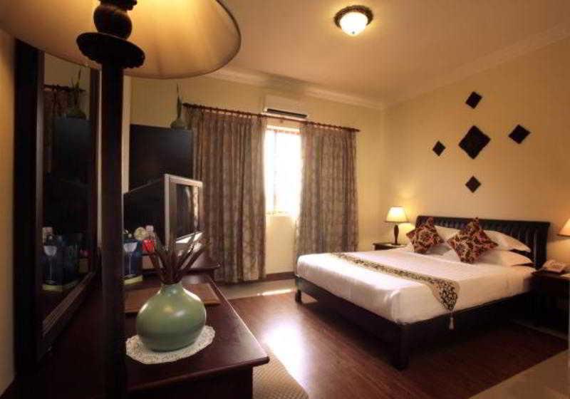 Royal Inn - Room - 5