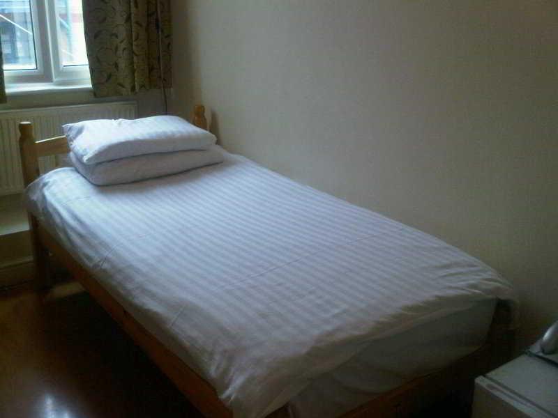 Newby Bridge Hotel