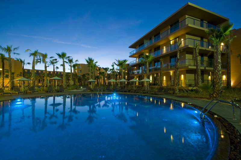 Foto de Salgados Palm Village Apartments AND Suites